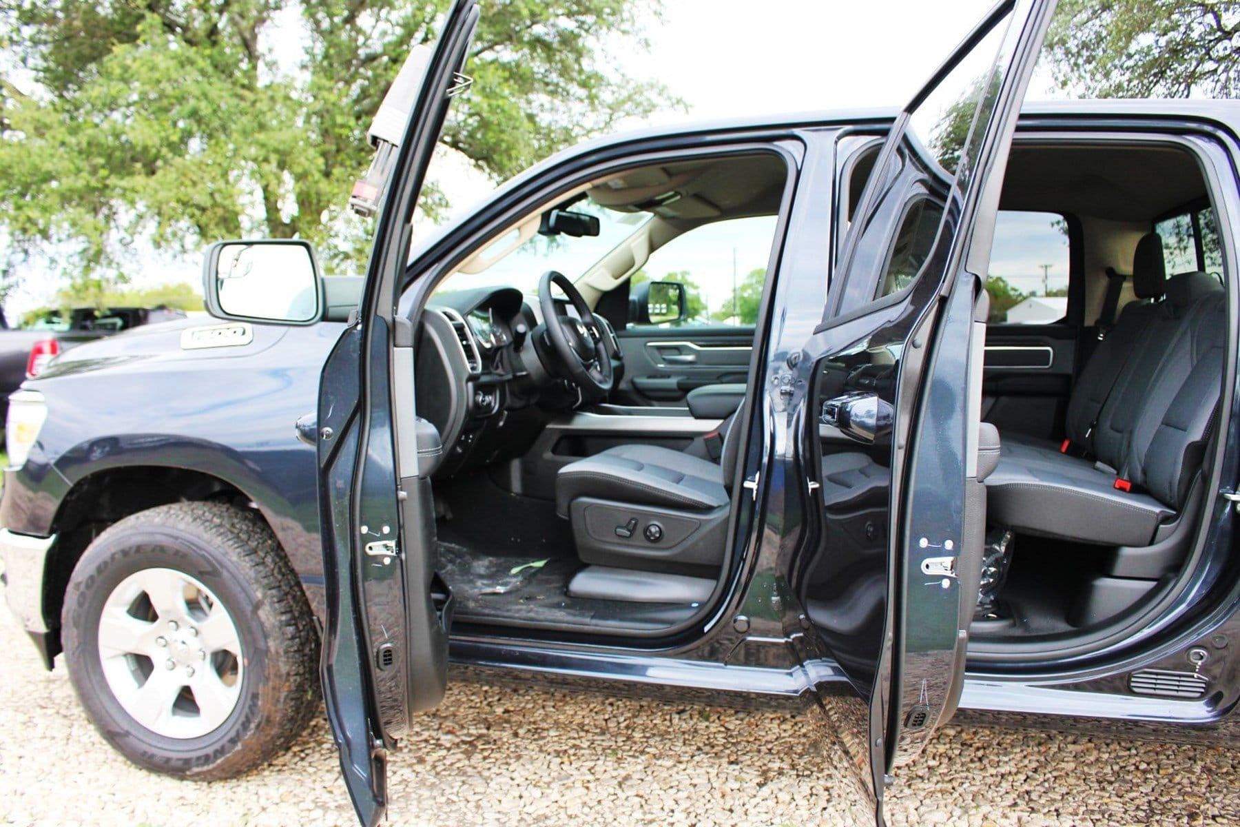 2019 Ram 1500 Crew Cab 4x2,  Pickup #TN581833 - photo 13