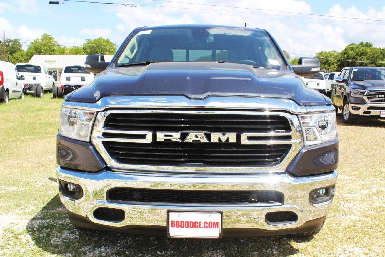 2019 Ram 1500 Crew Cab 4x2,  Pickup #TN581834 - photo 5
