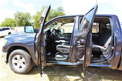2019 Ram 1500 Crew Cab 4x2,  Pickup #TN581834 - photo 13