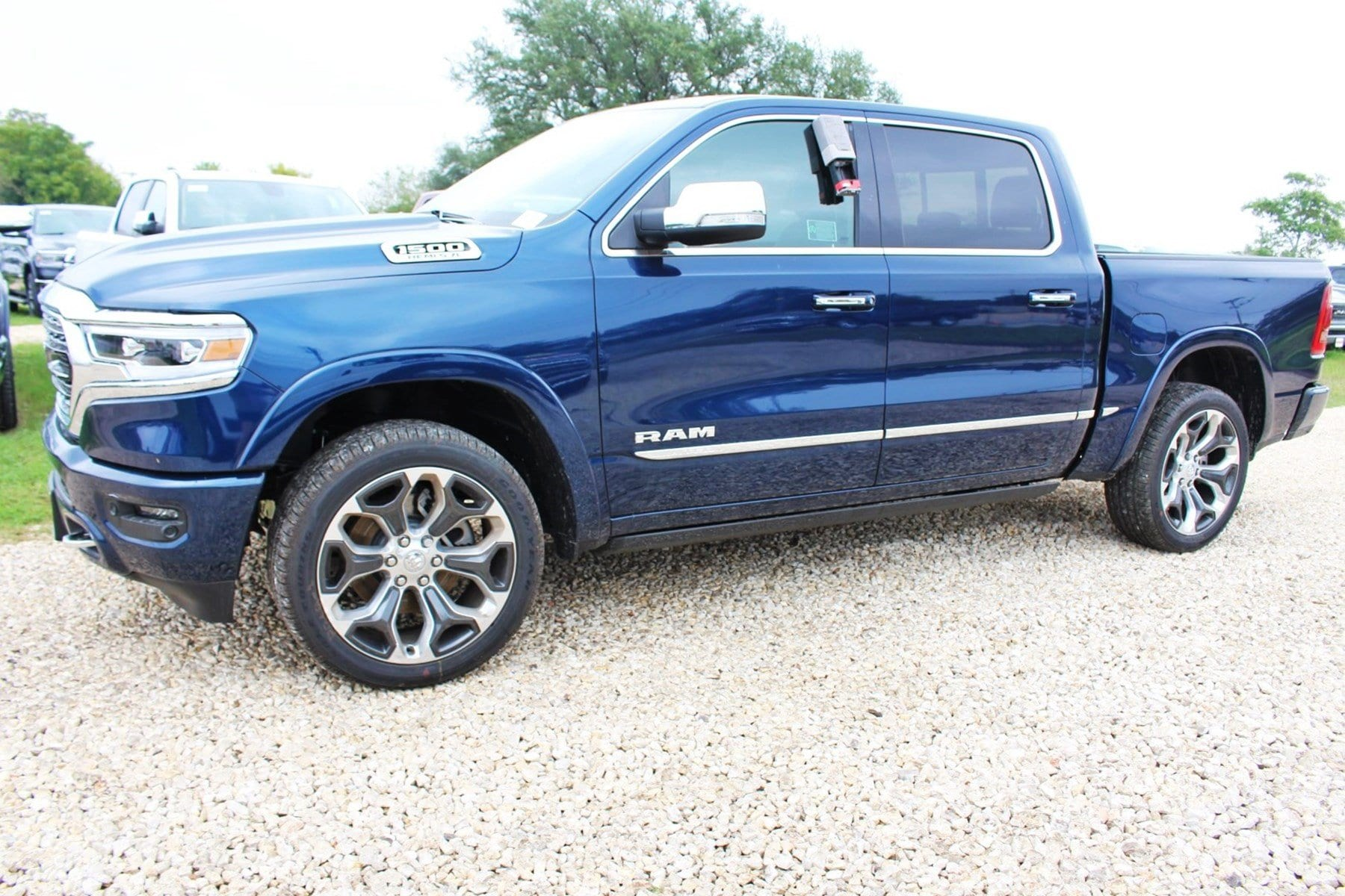 2019 Ram 1500 Crew Cab 4x4,  Pickup #TN632561 - photo 4