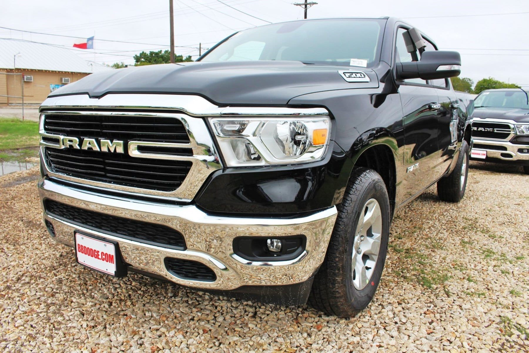 2019 Ram 1500 Crew Cab 4x2,  Pickup #TN667079 - photo 3