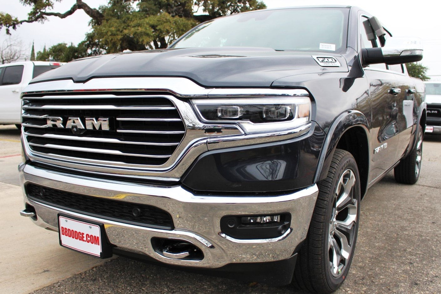 2019 Ram 1500 Crew Cab 4x4,  Pickup #TN695808 - photo 3