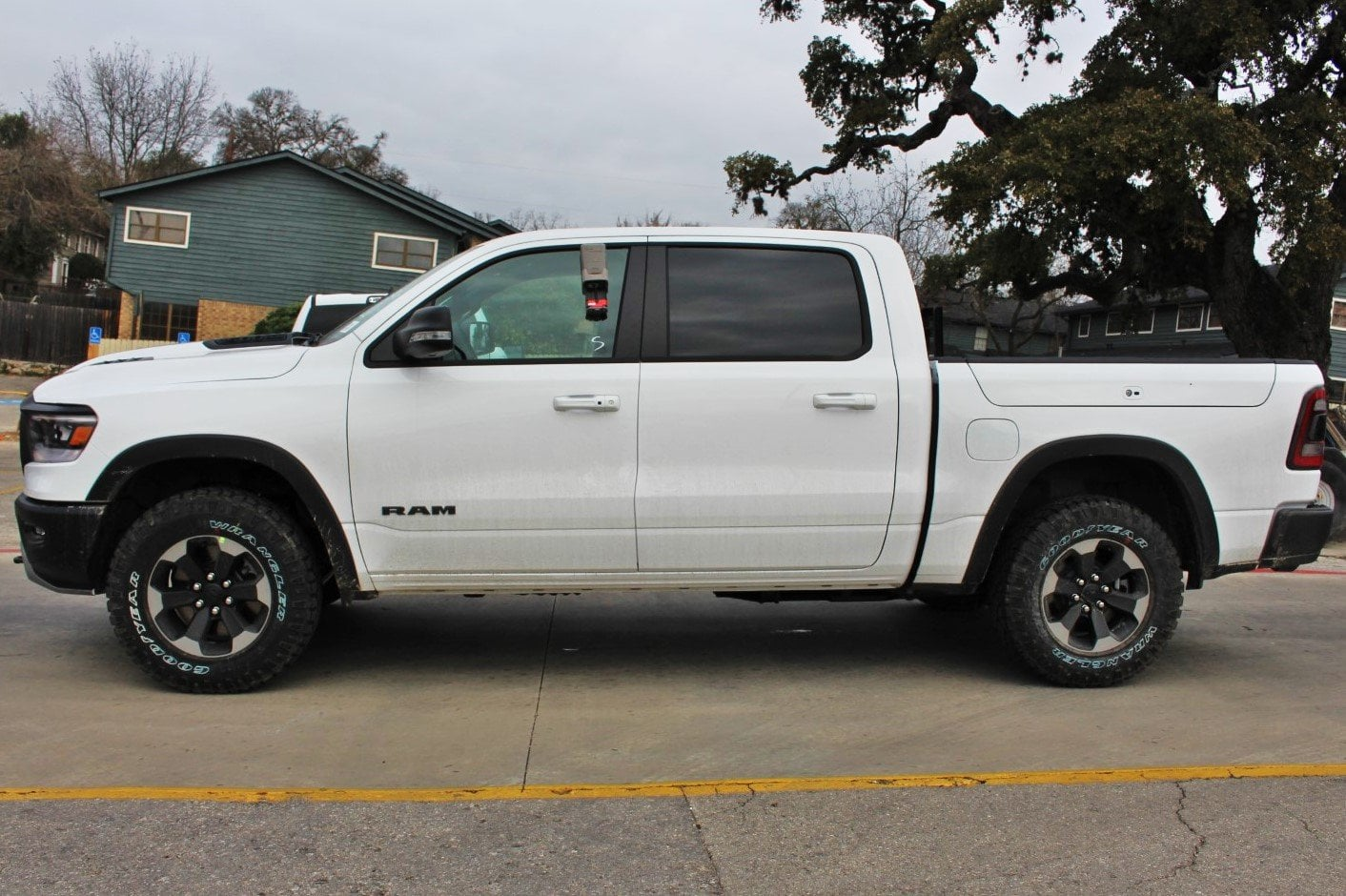 2019 Ram 1500 Crew Cab 4x4,  Pickup #TN722445 - photo 4
