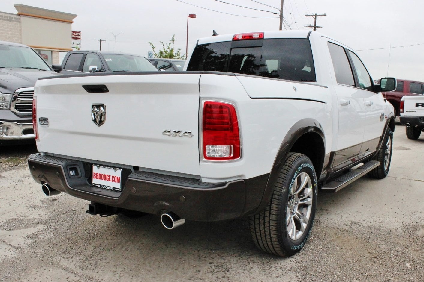 2018 Ram 1500 Crew Cab 4x4 Pickup #TS103589 - photo 2