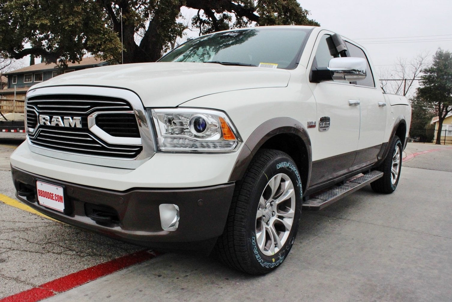 2018 Ram 1500 Crew Cab 4x4, Pickup #TS103592 - photo 3