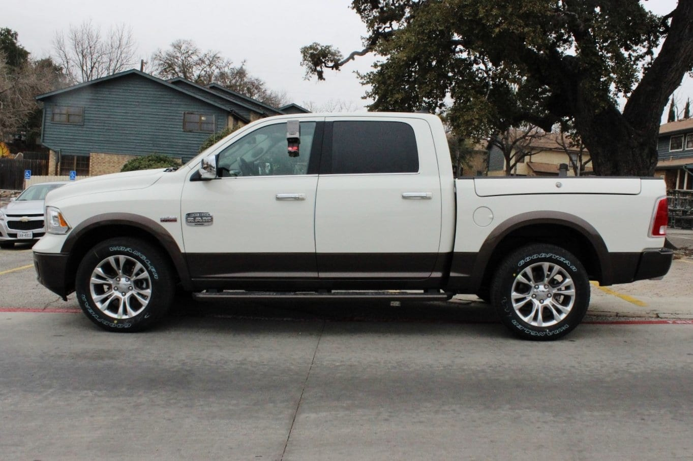 2018 Ram 1500 Crew Cab 4x4, Pickup #TS103592 - photo 4