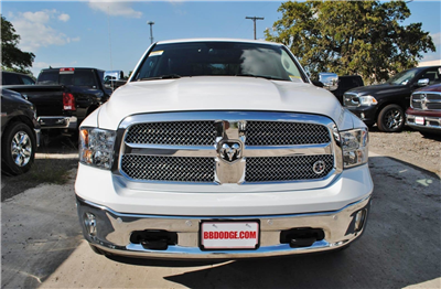 2018 Ram 1500 Crew Cab 4x4, Pickup #TS122173 - photo 4