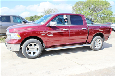 2018 Ram 1500 Crew Cab 4x4, Pickup #TS122175 - photo 4