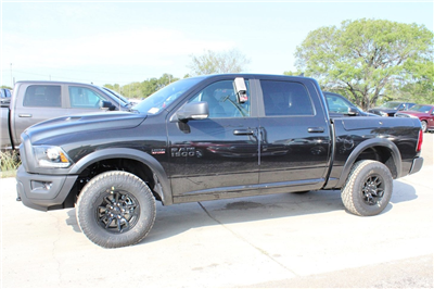 2018 Ram 1500 Crew Cab 4x4 Pickup #TS135791 - photo 4