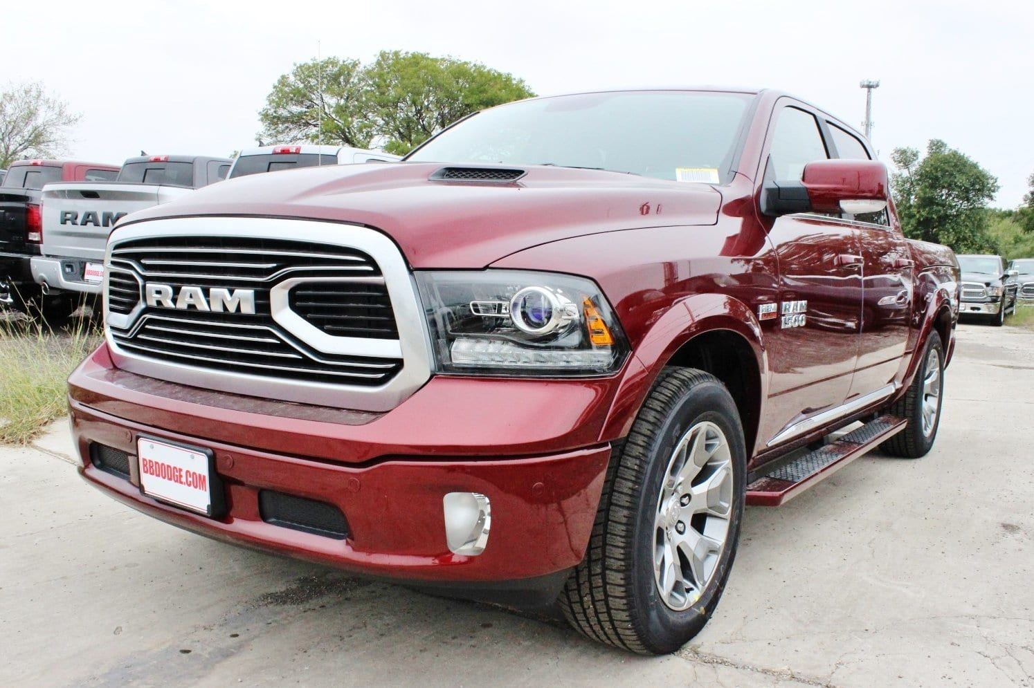 2018 Ram 1500 Crew Cab 4x4 Pickup #TS151159 - photo 3