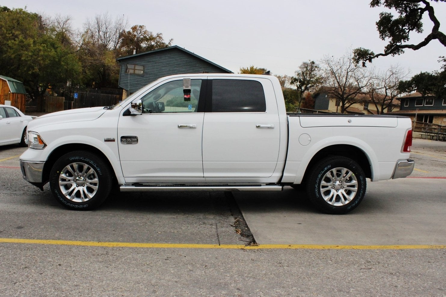 2018 Ram 1500 Crew Cab 4x4, Pickup #TS194269 - photo 4