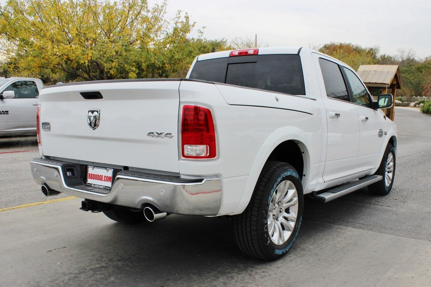 2018 Ram 1500 Crew Cab 4x4, Pickup #TS194269 - photo 2