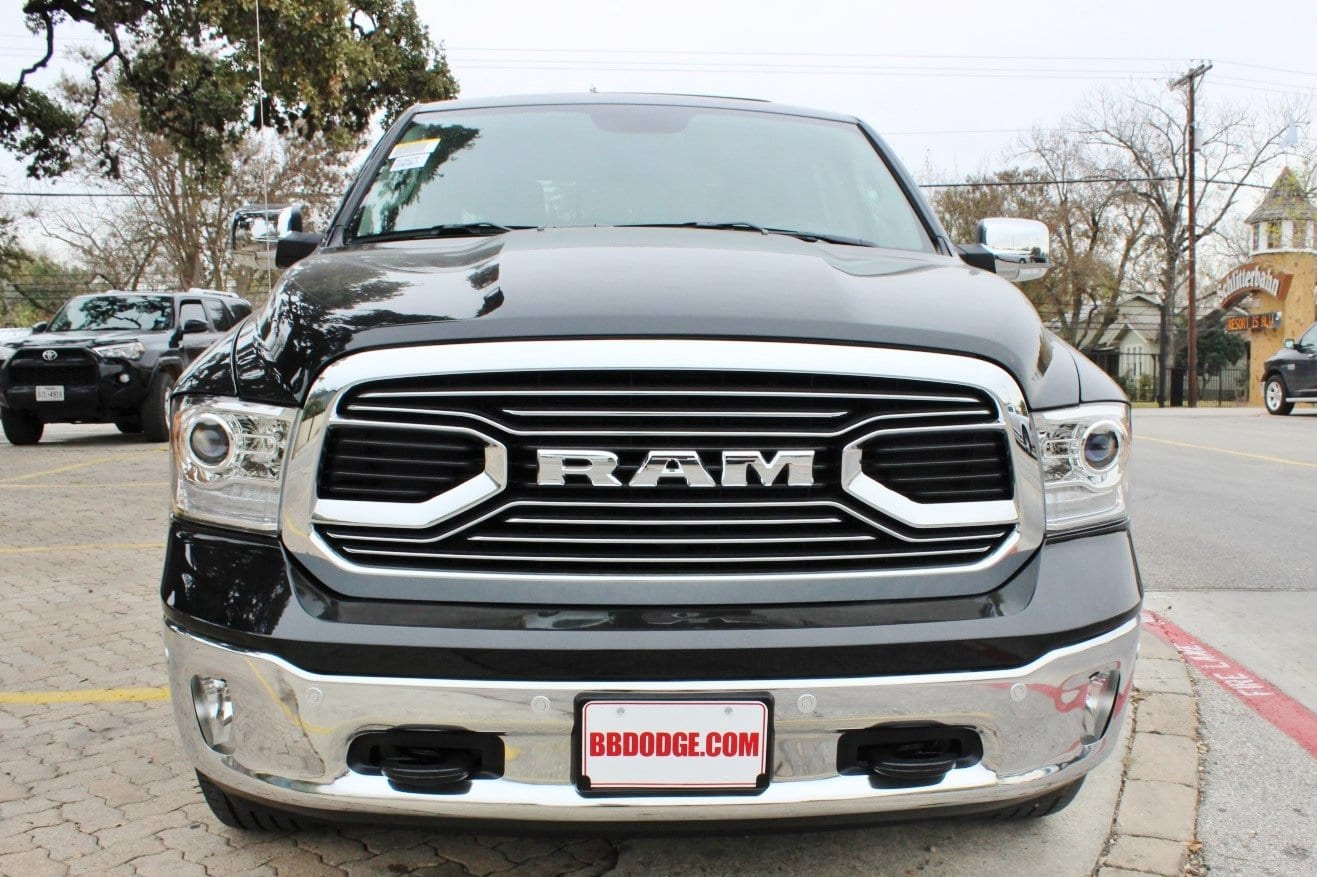 2018 Ram 1500 Crew Cab 4x4, Pickup #TS194270 - photo 5