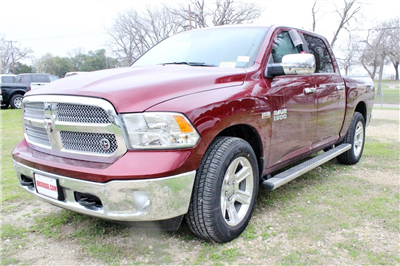 2018 Ram 1500 Crew Cab 4x2,  Pickup #TS255162 - photo 3