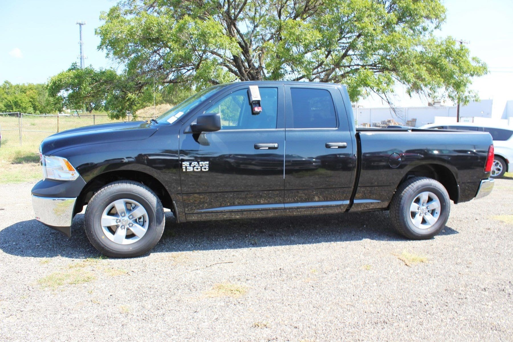 2018 Ram 1500 Quad Cab 4x2,  Pickup #TS347423 - photo 4