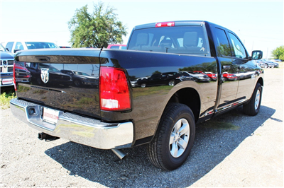 2018 Ram 1500 Quad Cab 4x2,  Pickup #TS347423 - photo 2