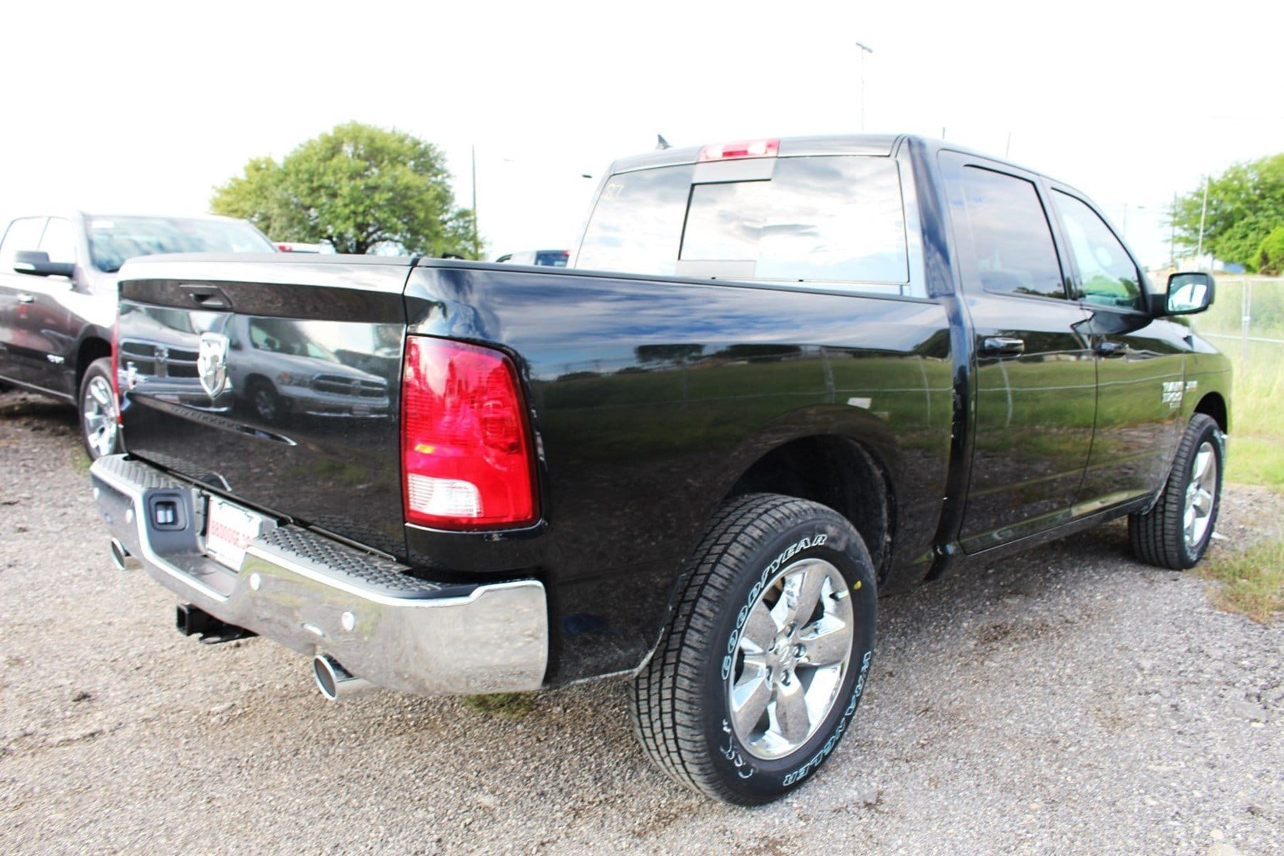 2019 Ram 1500 Crew Cab 4x2,  Pickup #TS538149 - photo 2