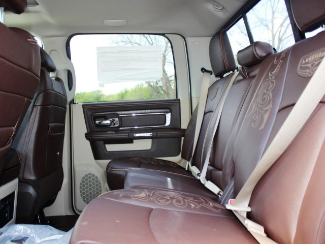2017 Ram 1500 Crew Cab 4x4, Pickup #TS698691 - photo 10