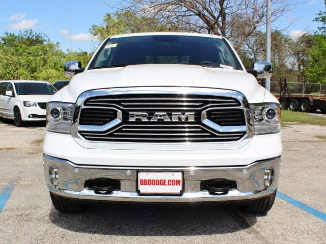 2017 Ram 1500 Crew Cab 4x4, Pickup #TS698691 - photo 4