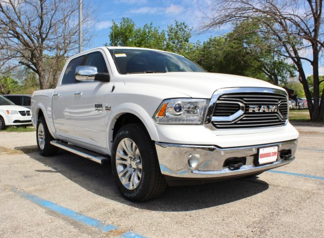 2017 Ram 1500 Crew Cab 4x4, Pickup #TS698691 - photo 5