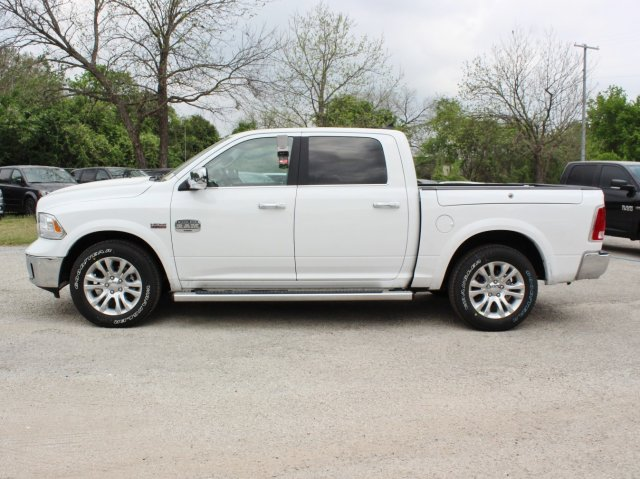 2017 Ram 1500 Crew Cab 4x4, Pickup #TS698692 - photo 3