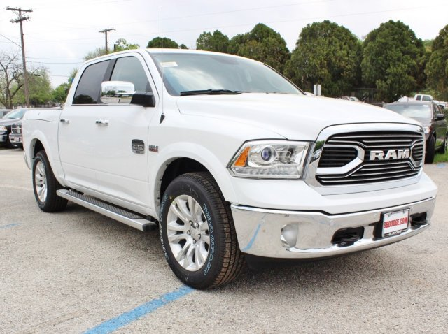 2017 Ram 1500 Crew Cab 4x4, Pickup #TS698692 - photo 5