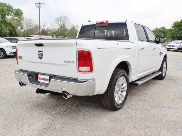 2017 Ram 1500 Crew Cab 4x4, Pickup #TS698692 - photo 2