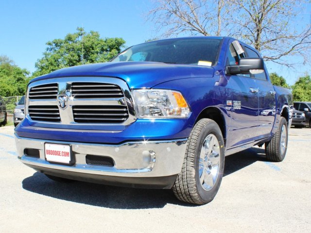 2017 Ram 1500 Crew Cab Pickup #TS714874 - photo 3