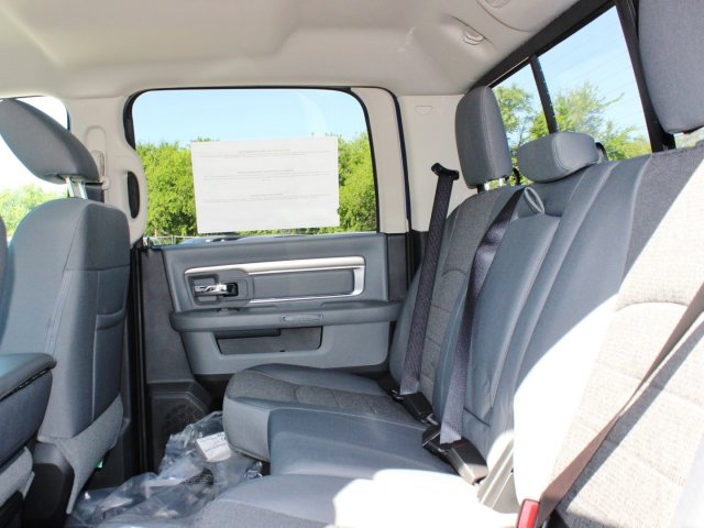 2017 Ram 1500 Crew Cab Pickup #TS714874 - photo 10