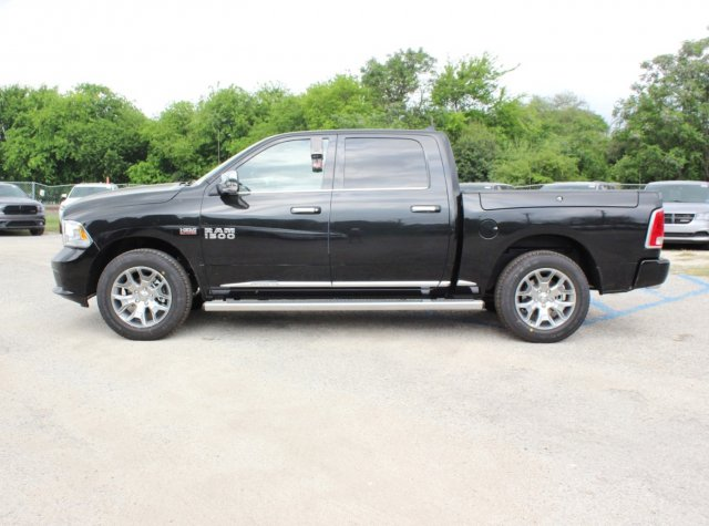 2017 Ram 1500 Crew Cab 4x4, Pickup #TS719390 - photo 3