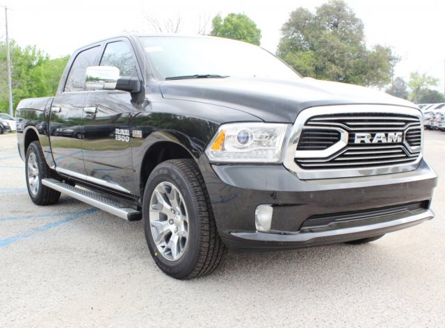 2017 Ram 1500 Crew Cab 4x4, Pickup #TS719390 - photo 5