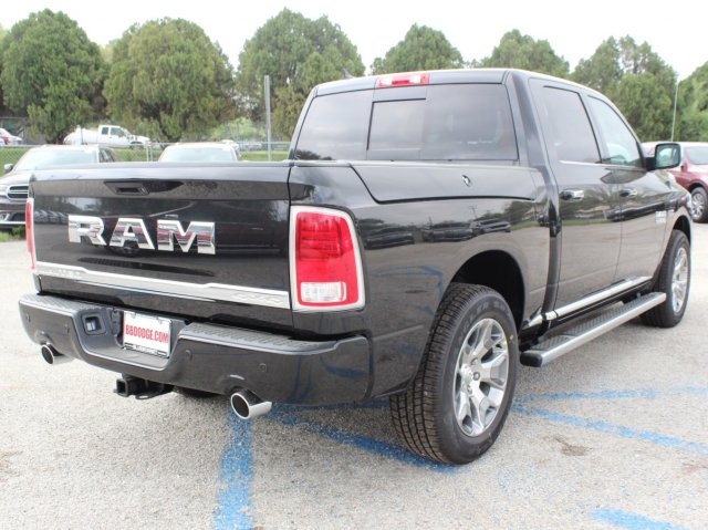 2017 Ram 1500 Crew Cab 4x4, Pickup #TS719390 - photo 2
