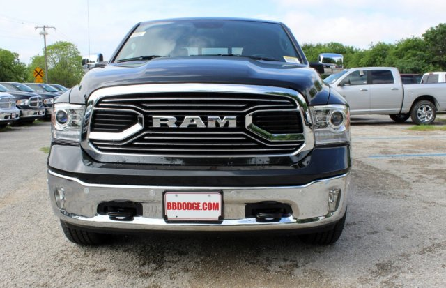 2017 Ram 1500 Crew Cab 4x4, Pickup #TS720532 - photo 5