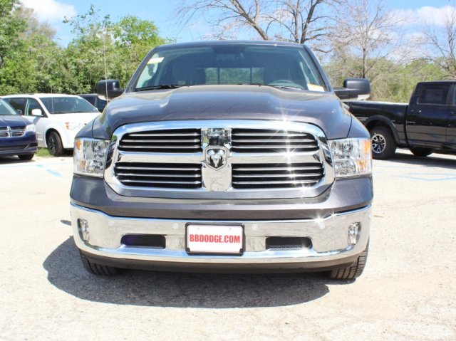 2017 Ram 1500 Crew Cab Pickup #TS723253 - photo 4