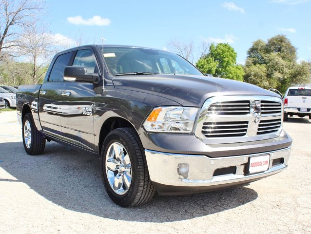 2017 Ram 1500 Crew Cab Pickup #TS723253 - photo 5