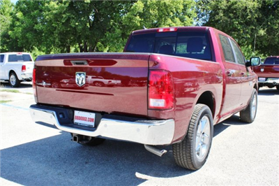 2017 Ram 1500 Crew Cab, Pickup #TS735890 - photo 2