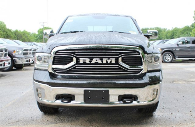 2017 Ram 1500 Crew Cab 4x4, Pickup #TS757982 - photo 5