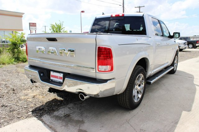 2017 Ram 1500 Crew Cab 4x4, Pickup #TS812004 - photo 2