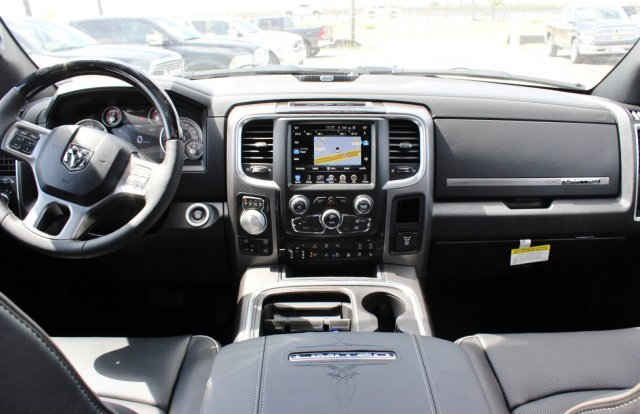 2017 Ram 1500 Crew Cab 4x4, Pickup #TS812004 - photo 6