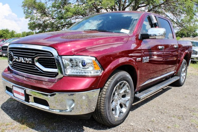 2017 Ram 1500 Crew Cab 4x4, Pickup #TS812007 - photo 3