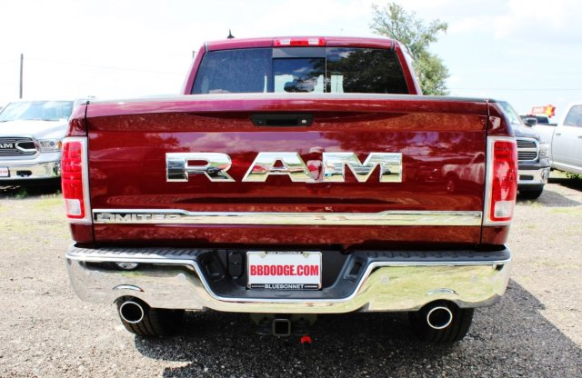 2017 Ram 1500 Crew Cab 4x4, Pickup #TS812007 - photo 5