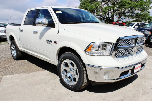 2017 Ram 1500 Crew Cab 4x4 Pickup #TS832662 - photo 5