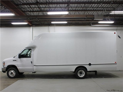 2017 E-450, Unicell Aerocell Cutaway Van #172065TZ - photo 2