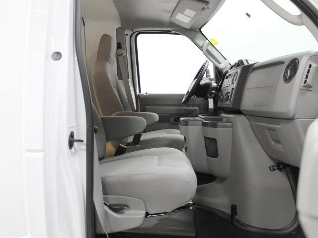 2017 E-350, Unicell Cutaway Van #172181TZ - photo 25