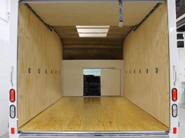 2017 E-350 4x2,  Unicell Cutaway Van #172345TZ - photo 20