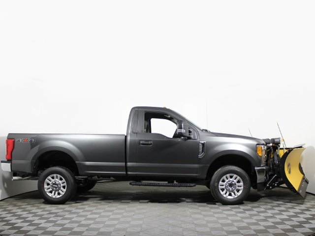 2017 F-250 Regular Cab 4x4, Pickup #172536TZ - photo 9