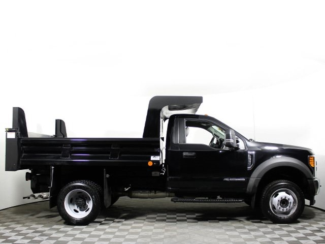2017 F-550 Regular Cab DRW 4x4, Rugby Z-Spec Dump Body #172572TZ - photo 2