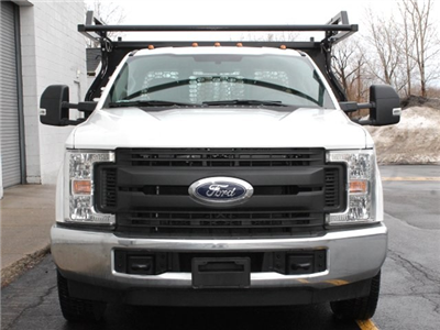 2017 F-350 Regular Cab DRW 4x2,  Knapheide Contractor Body #172613TZ - photo 3