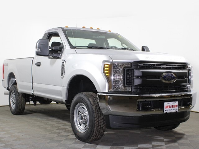 2018 F-250 Regular Cab 4x4, Pickup #180560TZ - photo 3