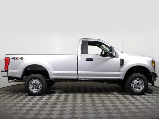 2018 F-250 Regular Cab 4x4, Pickup #180560TZ - photo 9